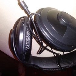 Quality Headphones, Quality Sound-Comfortable Style