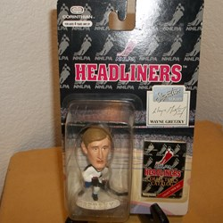 NHL HEADLINERS ACTION FIGURE WAYNE GRETZKY