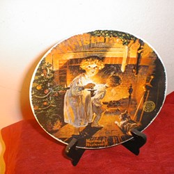 "Norman Rockwell - Knowles Limited Ed. 1979 ""Somebody's up There"" Collector Plate Condition:Used"