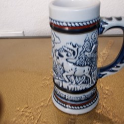 MUG, ROCKY MOUNTAIN GOAT- CONDOR, GOLDEN, EAGLE, BIGHORN SHEEP,ALASKAN MOOSE,FALCON