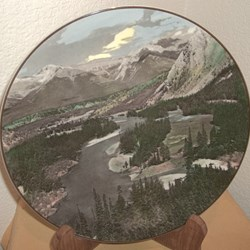 BOW VALLEY, MADE IN ENGLAND, ROYAL DOULTON.