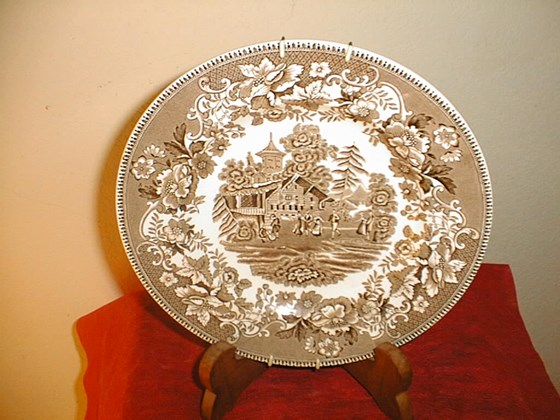 "Collectible Decor, 8"" plate, Avon Cottage,brown & White."