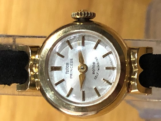 It is ROLEX TUDOR PRINCESS - ROTOR SELF-WINDING Watch