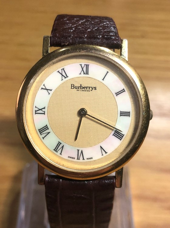 Burberry QUARTZ 6000G